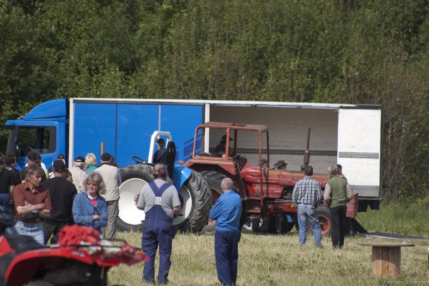 2011-06-18_087_Pulling