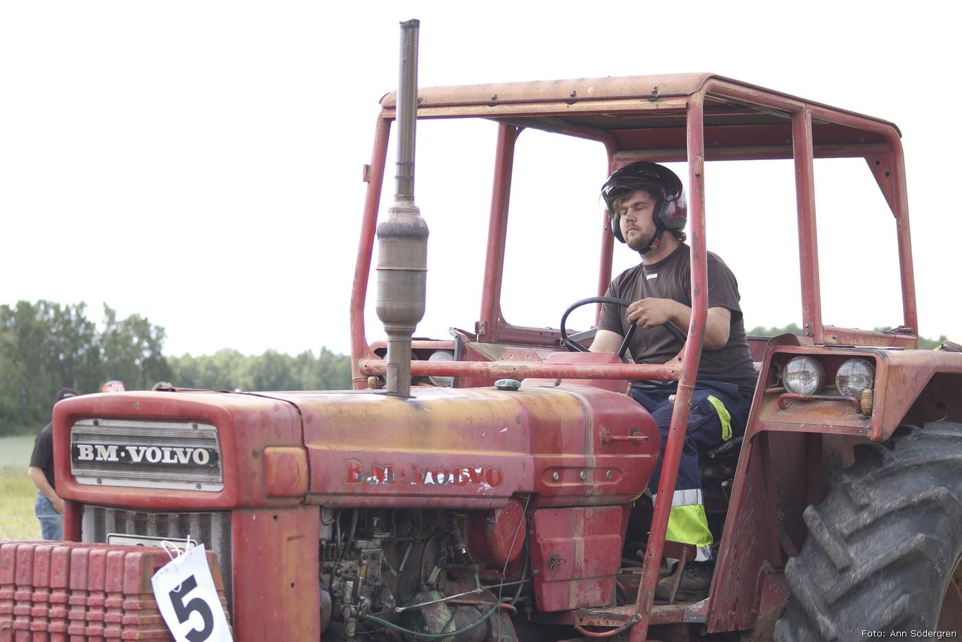 2011-06-18_207_Pulling