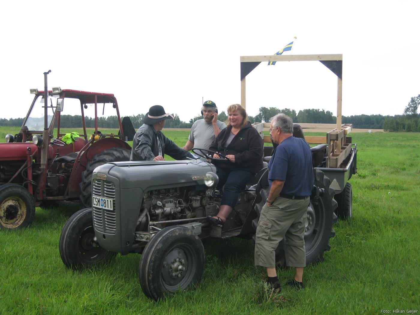 2011-07-29_03_Traktorresa