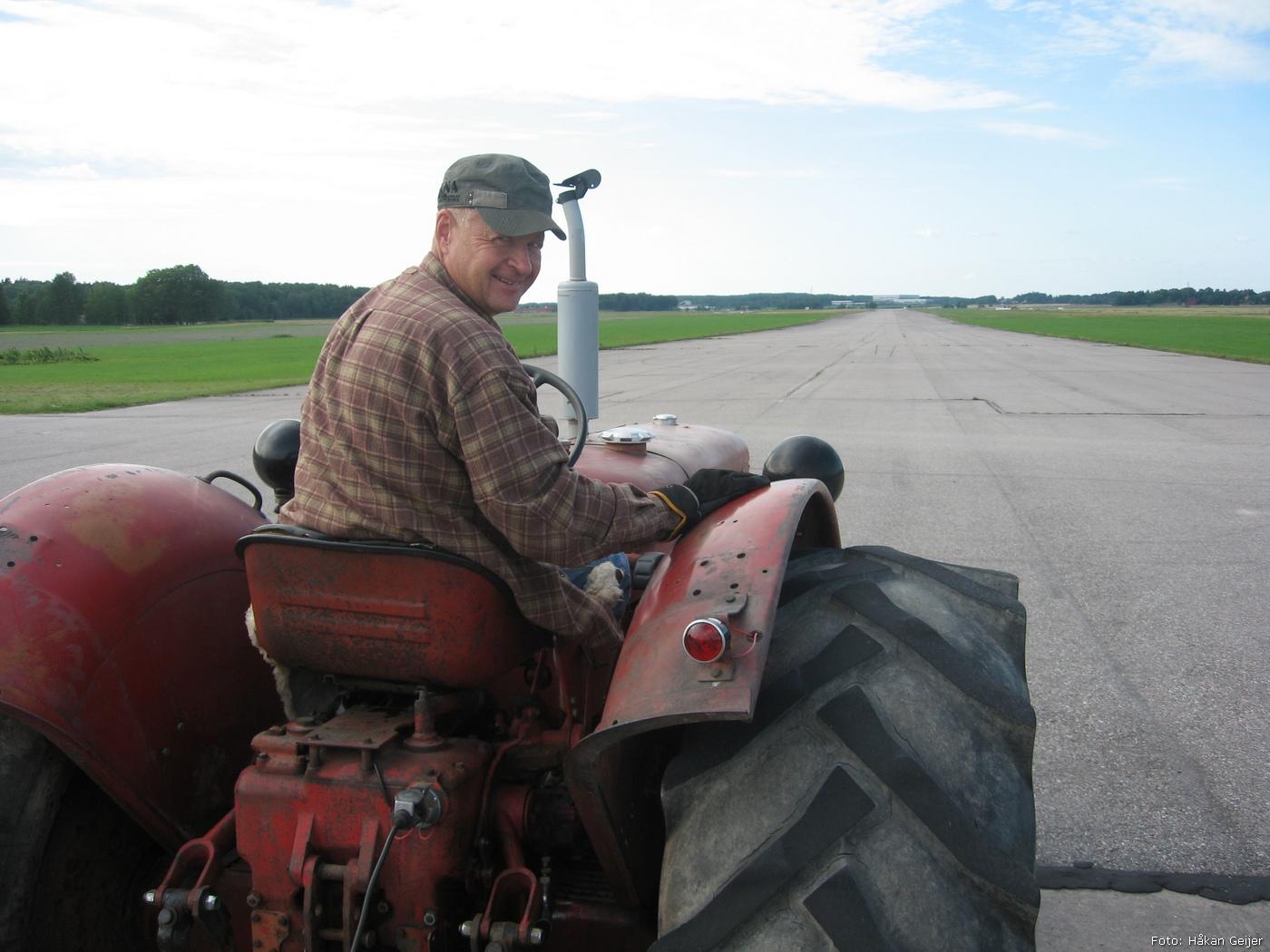 2011-07-29_77_Traktorresa