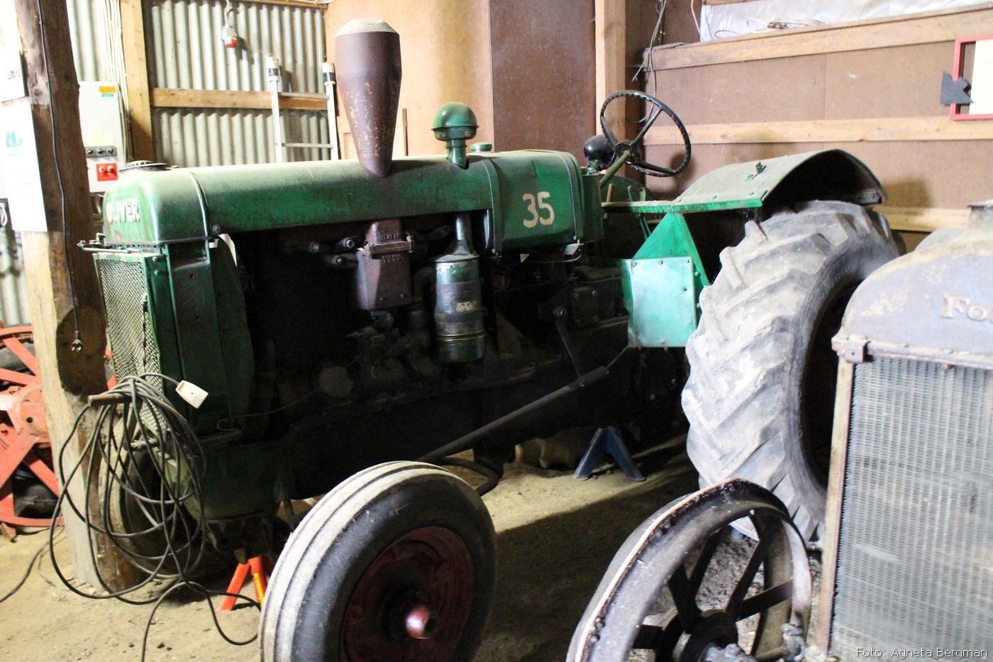 2014-05-01_09_traktorflytt