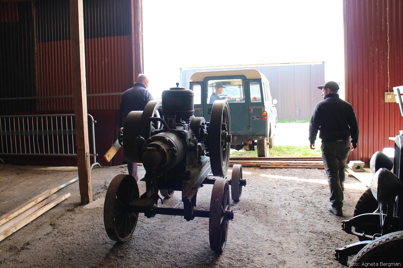 2014-05-03_027_traktorflytt