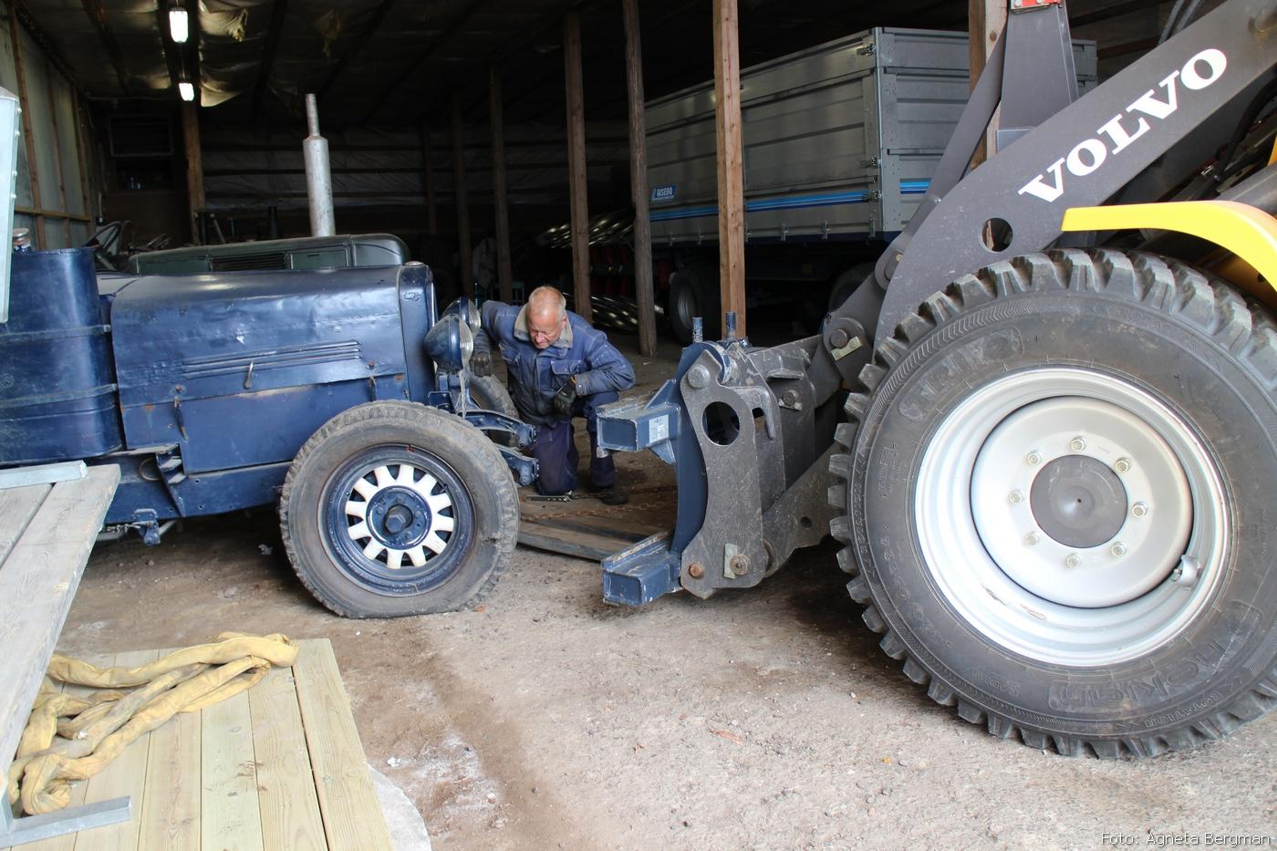 2014-05-03_036_traktorflytt