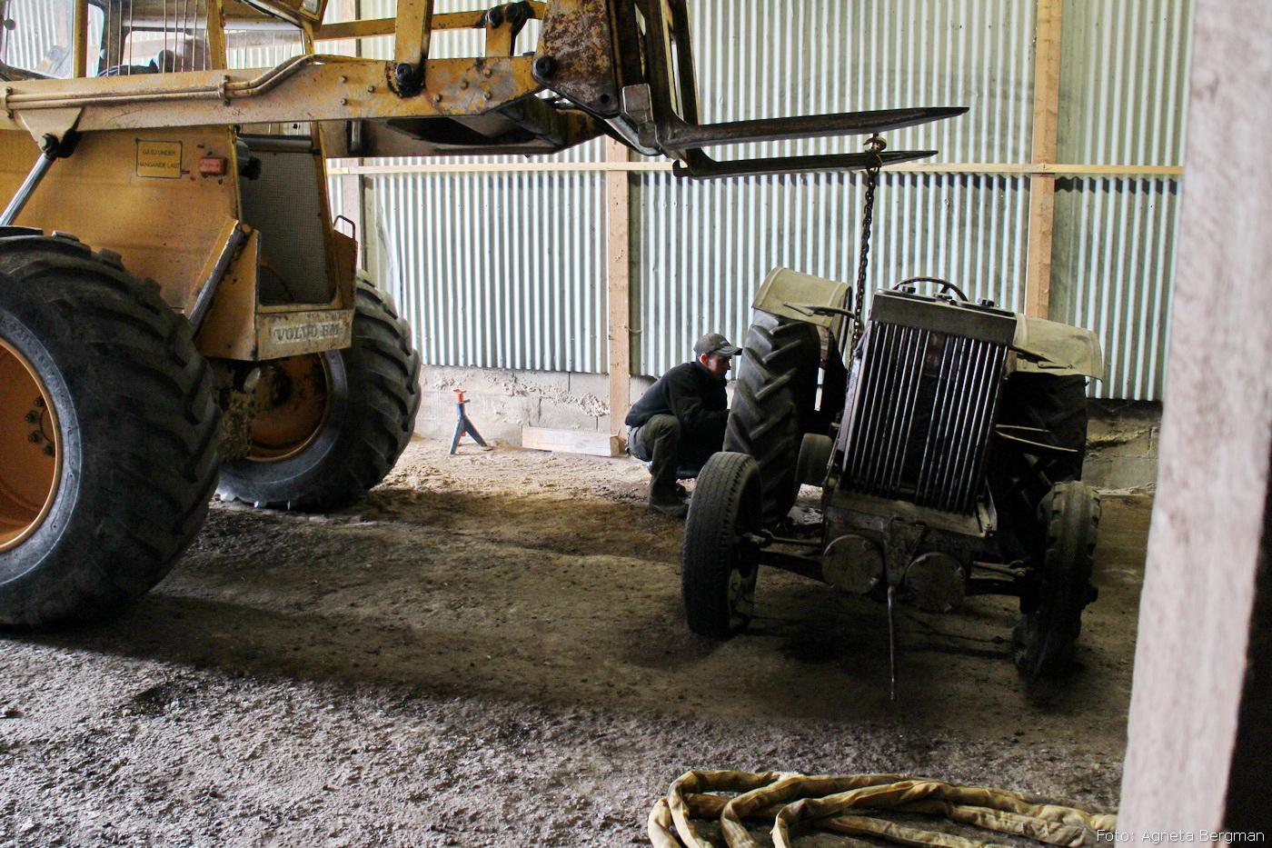 2014-05-03_066_traktorflytt