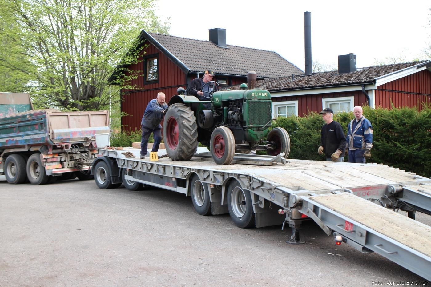 2014-05-03_099_traktorflytt