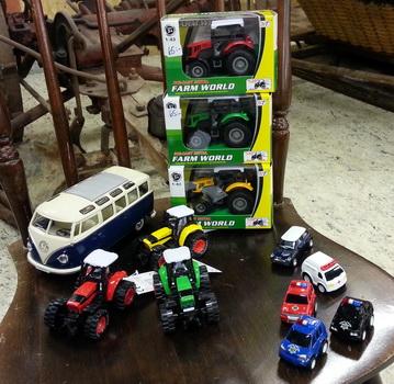Traktorbutiken-bilar